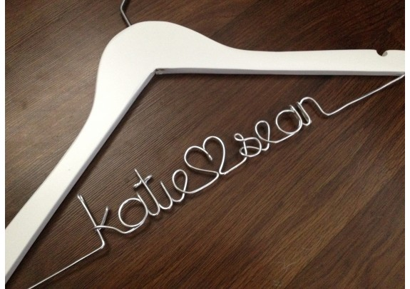 Perchas personalizables para bodas