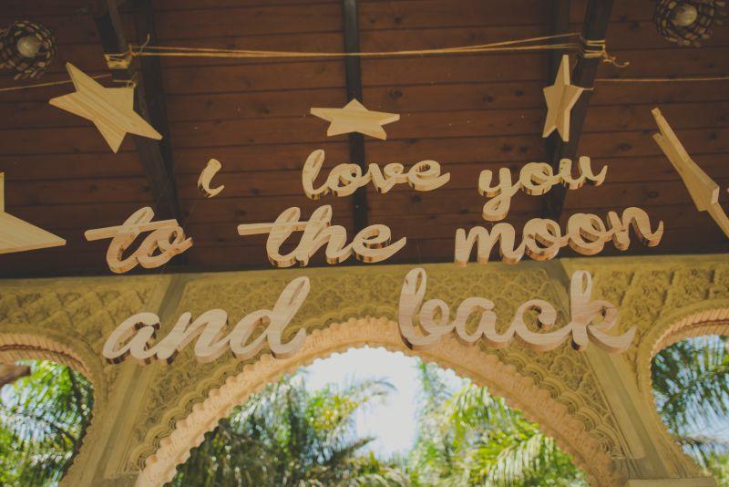 Frases en madera para bodas