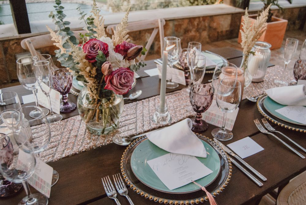 Detalles de mesa imperial, decoracion de mesas de bodas