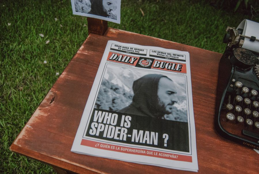 Una boda con el Daily Bugle de Spiderman