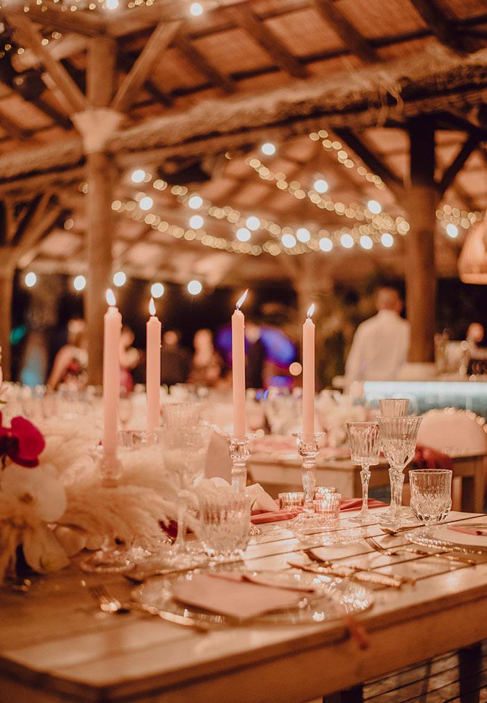 Iluminación boda frente al mar, Beautiful Pink wedding