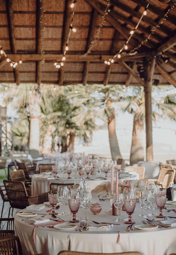 Decoración mesas invitados de boda