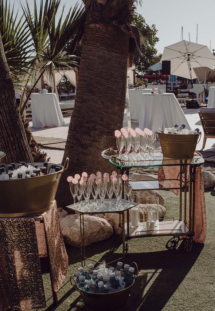 Rincon de bebidas para boda Pink Wedding, todo un lujo