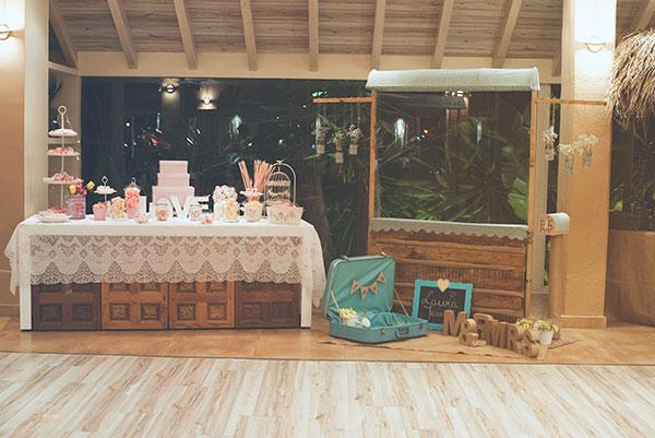 Photocall diferente rustico y original en tu boda no mas for Decoracion de photocall