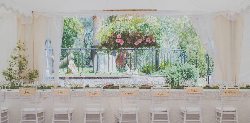 Decoraciones para boda rincones detalles personalizados for Detalles decoracion boda