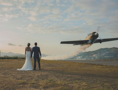 Reportaje de postboda con fotografia de aviones