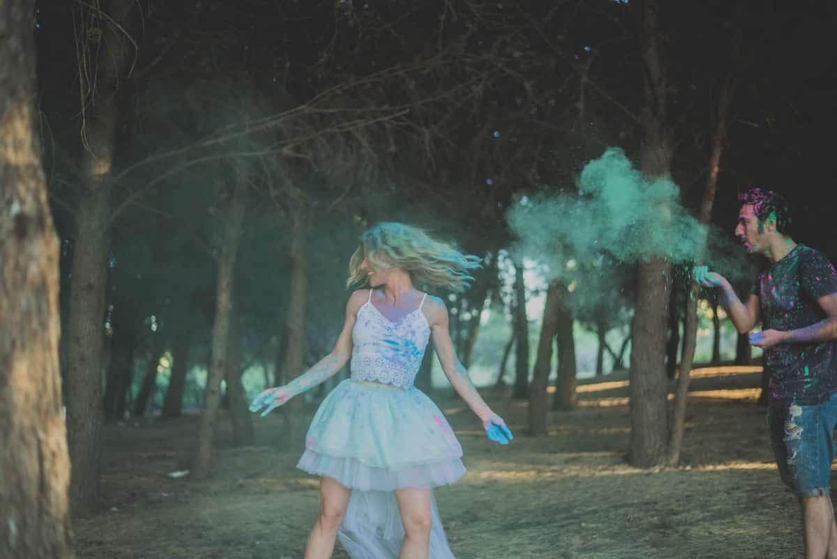 polvos de colores, humos de colores